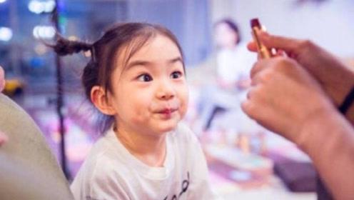 戚薇女儿Lucky大概是吃可爱多长大的,萌化姨母心