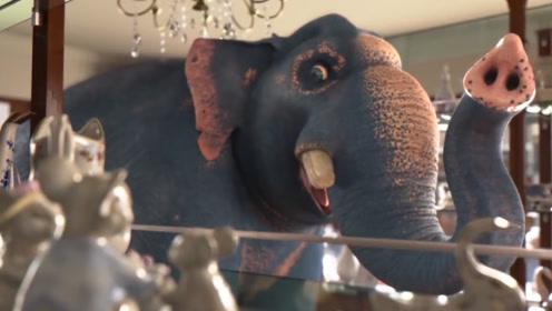 逼死强迫症的动画,大象闯入瓷器店,架子上的瓷器全都动了起来