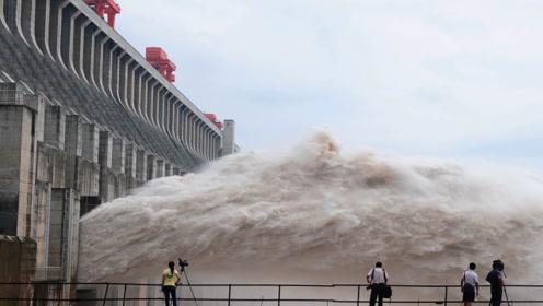三峡大坝投入千亿,曾被质疑无法收回成本,如今每天能赚多少钱?
