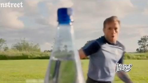 听说最近这个踢瓶盖挑战超级火?但对他们来说简直太轻松