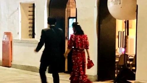 网友偶遇霍启刚郭晶晶 夫妻打扮精致约会牵手超甜蜜