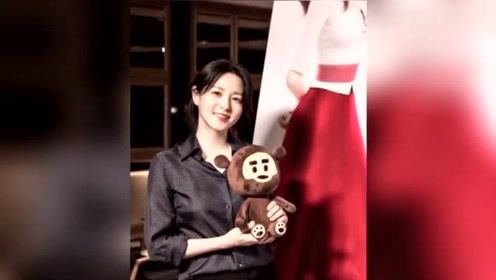 48岁李英爱近照曝光:带龙凤胎子女看电影,皮肤白皙无岁月痕迹