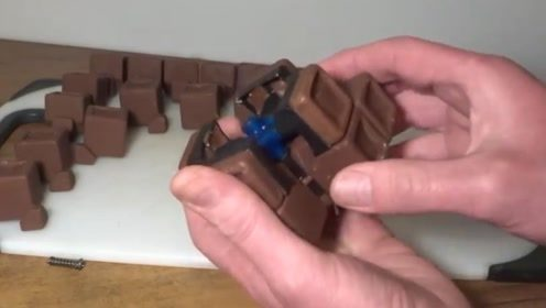 手把手教你做巧克力魔方,还可以旋转哦,强迫症:想玩两把