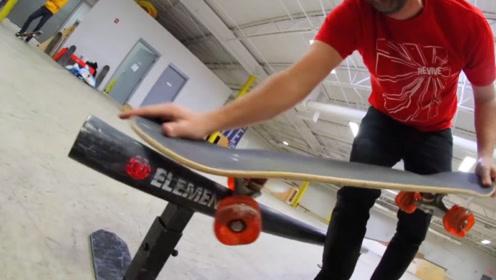 老外对自己的滑板进行改装,玩起来效果就是不错,网友:回家试试