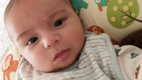 宝宝第一次说:我爱你,画面太温馨,好想哭