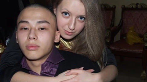 俄罗斯美女嫁给中国男人,婚后3个月要离婚,直呼忍受不了!