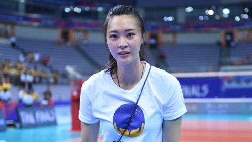 同为女排队员,惠若琪和李颖解说比赛,谁要更胜一筹?