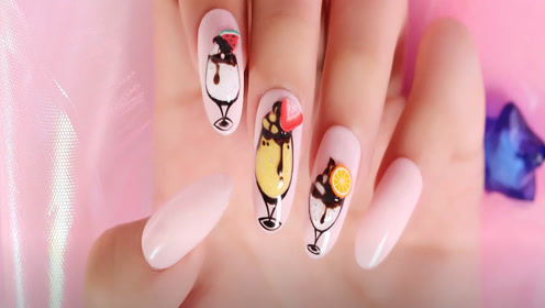 粉粉的夏日美甲 尝一口水果的甜蜜吧