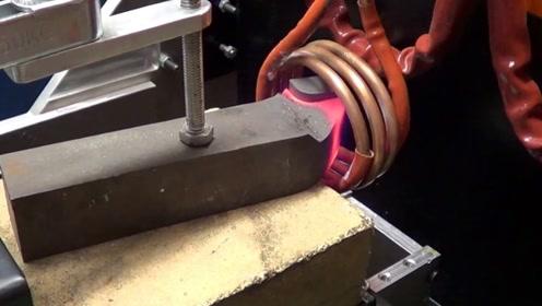 又学了一招,看钢铁是如何热加工的