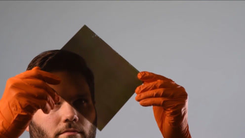 美国发明神奇涂层,涂在玻璃上就可以发电,未来将开启新能源时代