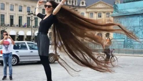 女子20年没洗头14年不理发,头发比腿还长,称现实版长发公主