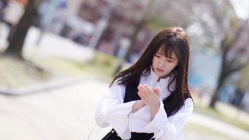 鞠婧祎素颜彩排 网友大呼看了这张脸你还敢爱吗?