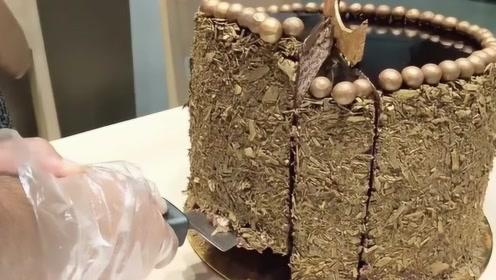 最任性蛋糕店,10分钟吃完一块蛋糕终身免单,大胃王能吃几块?