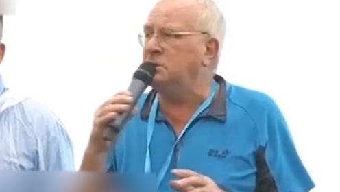 """现场!在港居住40年的国际友人当众向暴徒高声呼喊""""停止暴力"""""""