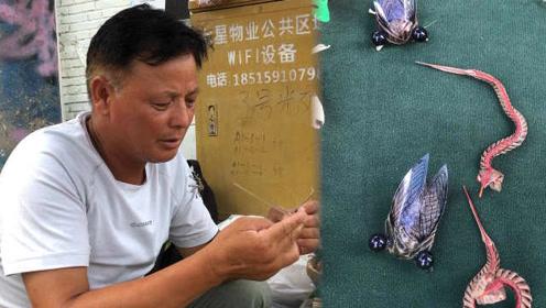 日赚千元!草编手艺人把传统民间艺术带出国门:1分30秒编蚂蚱
