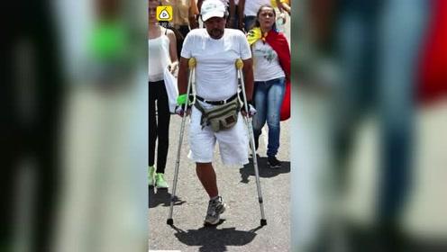 委内瑞拉男子单腿穿越南美洲,徒步近15000公里