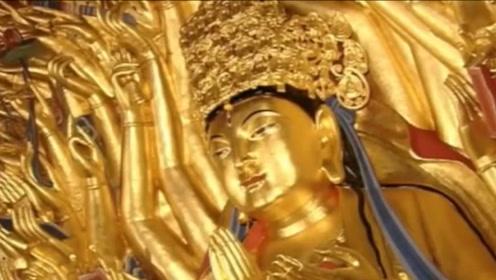 匠人修复800年的佛像,不小心触发内部机关,里面竟藏着宝贝?