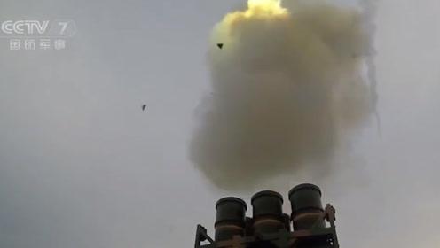 这么近距离看我军现役导弹,机会太难得