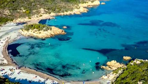 法国游客从撒丁岛带沙子或被判6年:以为是纪念品