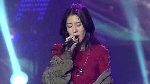 张碧晨演唱会献唱新歌《曾经守候》,催泪演绎虐心爱恋!