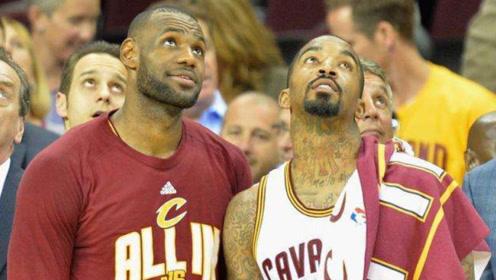 当年NBA有多稀罕姚明?1个特殊待遇,连詹姆斯都不配拥有
