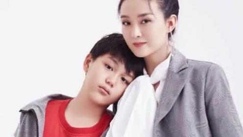王艳的儿子已经13岁了,被妈妈教养的高挑帅气又懂事