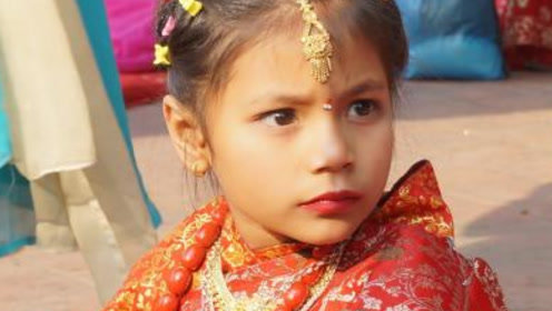 """这个国家习俗太怪了!女孩7岁就要出嫁,嫁两次还都不是""""人""""!"""