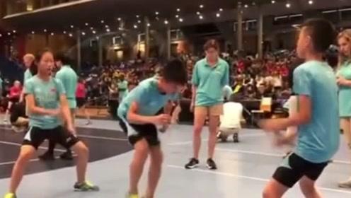 这届小学生很行,为国争光,60块金牌被小学生实力虐了!