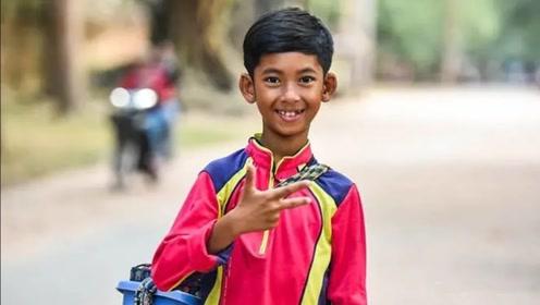 """外国""""天才少年"""",14岁掌握16门语言,愿望是来中国学习!"""