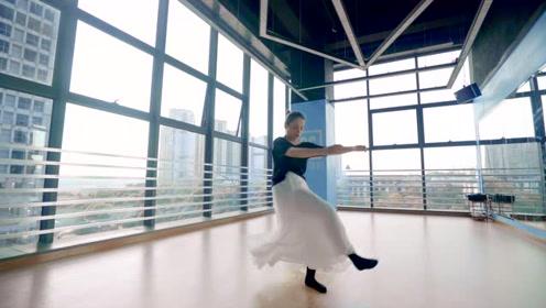 中国舞《那女孩对我说》,每个女孩都有一个舞蹈梦