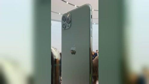 Apple 秋季新品发布会现场实机体验