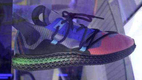 3D打印运动鞋现打现拿:量脚定做,2小时可拿走