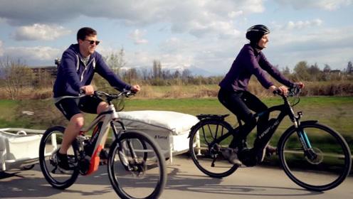 """外国野营神器,自行车拉的小推车,展开秒变""""房车"""""""