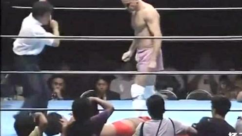 一巴掌扇晕日本拳手,格斗大神果然名不虚传!
