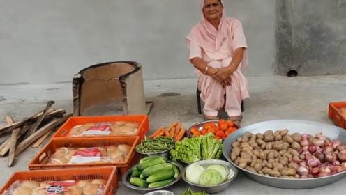 印度土豪老太做150个汉堡,真材实料干净美味,免费分给村民吃