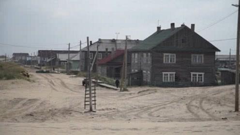 """俄罗斯最""""危险""""小镇,晚上睡觉不敢关门,只为第二天能活着"""