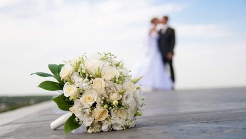 早婚还是晚婚?婚姻是否长久?答案都写在脸上了!