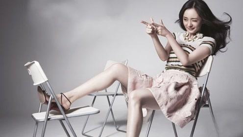 杨幂如何做到稳固地位的,仅凭美貌?看过她的机场照才知道