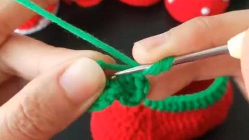 这么织出来的草莓鞋,宝贝穿的超舒适,省了不少钱!