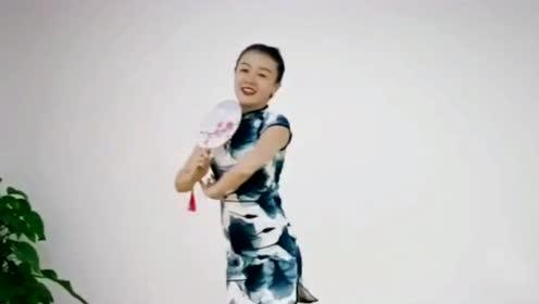 30岁不老女神跳《古风舞》养眼极了,真的不要太迷人!