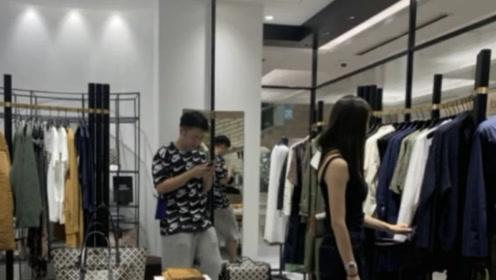 偶遇杜海涛沈梦辰逛街,女友买衣服海涛全程陪伴无怨言