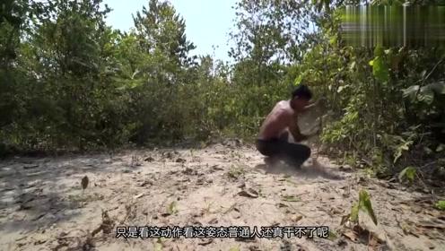 越南小哥凭着一把镰刀,自己手工建造了一栋泳池豪宅,厉害了