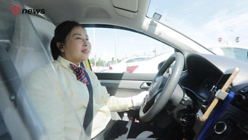 80后出租车驾驶员:开车好过老师傅,为女司机正名
