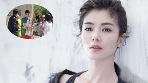 林心如加盟《亲爱的客栈》路透照首曝光 刘涛依然是老板娘