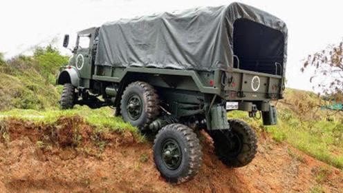 奔驰最强越野卡车,悬挂系统源自坦克,大G看了都傻眼