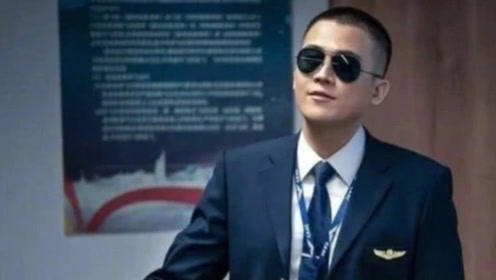 中国机长:欧豪摔倒忘词,瞎编一句竟被剪入正片!瞬间火遍全网