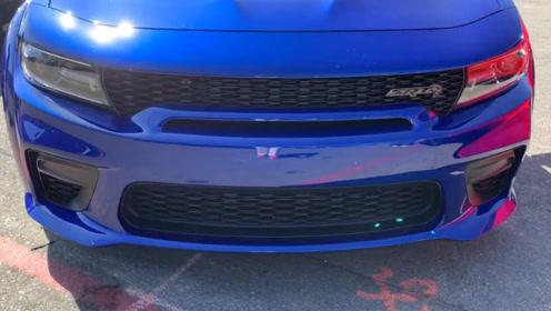 2020款美版道奇战马SRT Hellcat到店实拍!