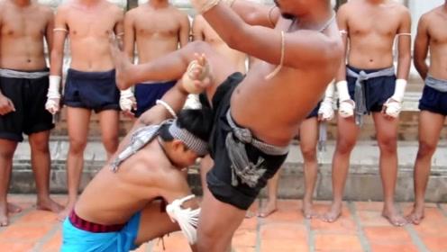 濒临失传的柬埔寨高棉拳,招式狠辣,竟和泰拳如此相似!