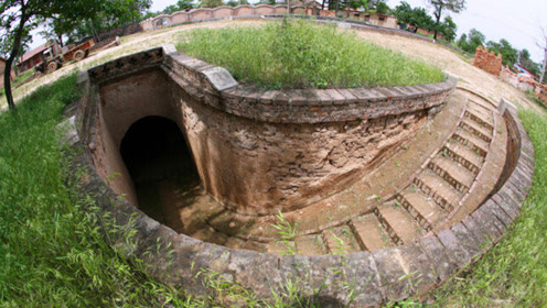 中国最牛千年古村,全村人都住在地下,网友:下雨天怎么办?