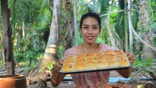 面包在家里就可以制作,吃起来更放心